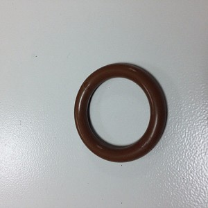 Кольцо  для штор (пласт.) золотой орех